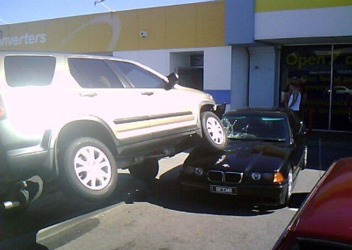 Мастерство парковки! (3 фото)