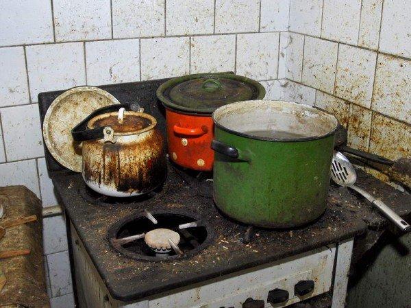 Как живут гастрабайтеры в России (11 фото)