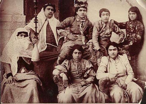 Красотки Персии 100-летней давности (10 фото)