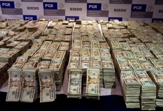 Как выглядит 26 миллионов долларов наличными (3 фото)