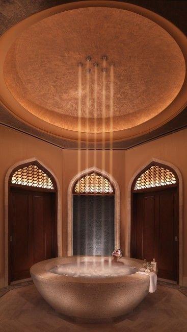 Арабы отгрохали новую гостиницу (17 фото)