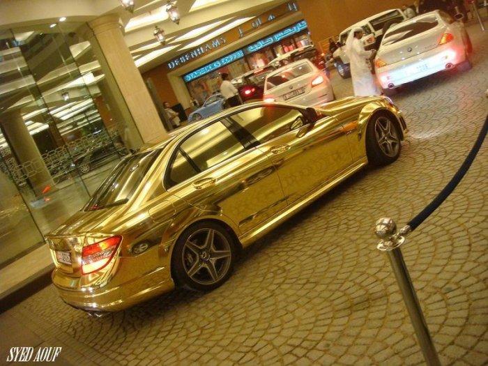 Золотой мерседес (5 фото)