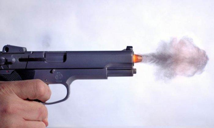 Выстрел (3 фото)