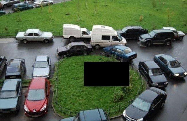 Наказание за неправильную парковку (3 фото)