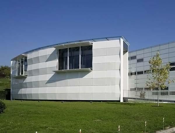 Меняющиеся здание (6 фото)
