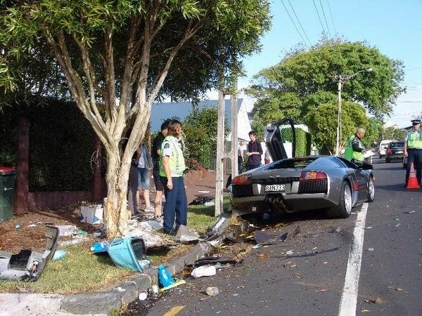 Невезучие водители (46 фото)