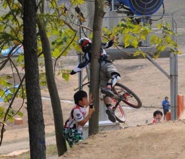 Неудачный прыжок (4 фото)