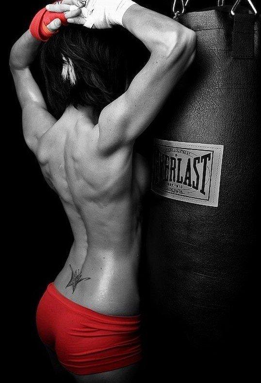Девушки-боксерши (61 фото)