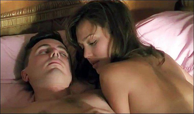 Джессика Альба в роли проститутки (3 фото)