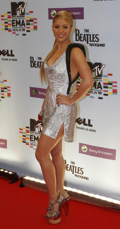 Шакира (10 фото)