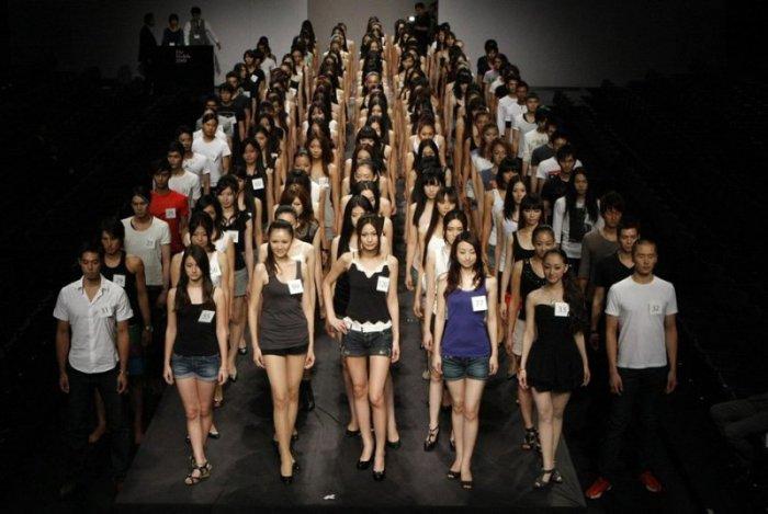 Конкурс моделей в Токио (11 фото)