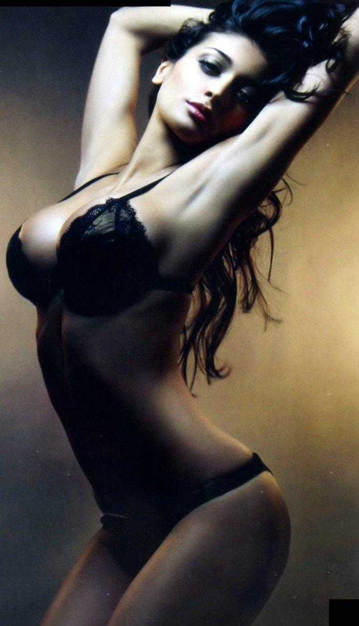 Итальянская актриса Cristina Buccino (20 фото)