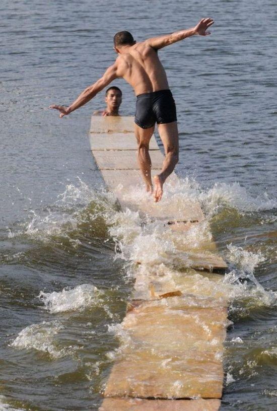 Хождение по воде (5 фото)
