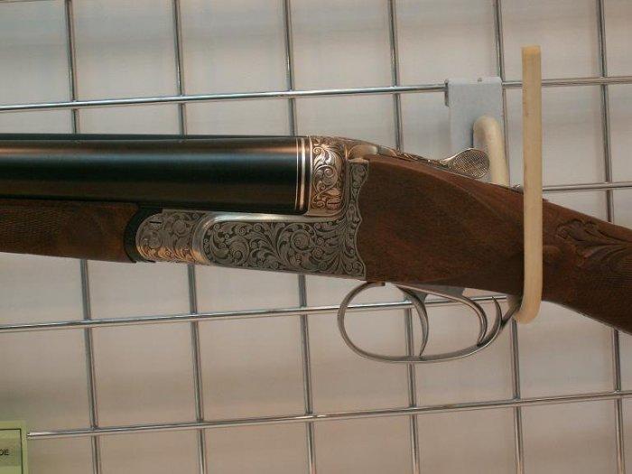 Гравированное оружие (101 фото)