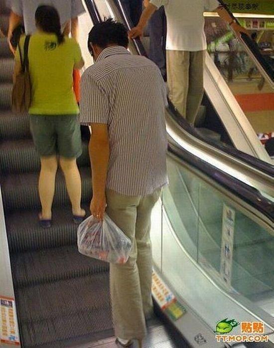 Симпатяжка в супермаркете (3 фото)