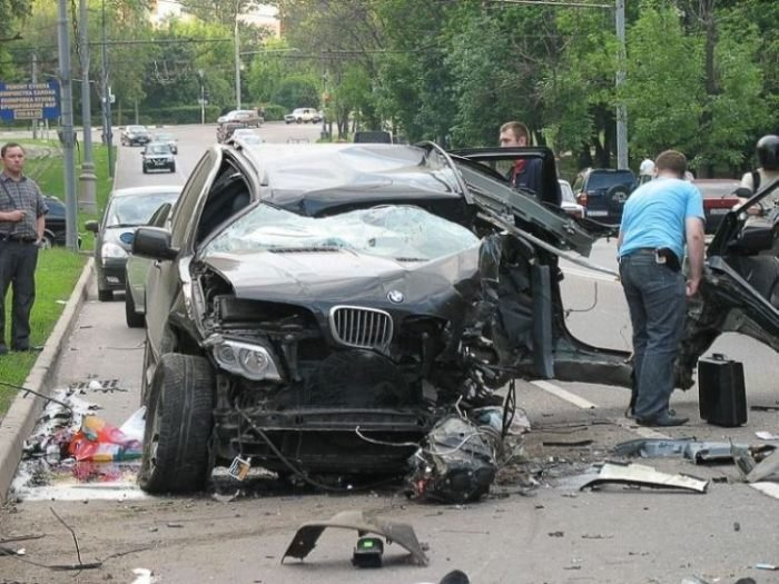 Страшные аварии (47 фото)