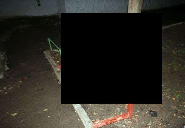 Скамейка приватизирована (3 фото)