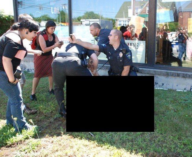 Жестокая американская полиция (5 фото)