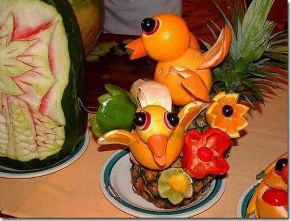 Творения из овощей и фруктов (15 фото)