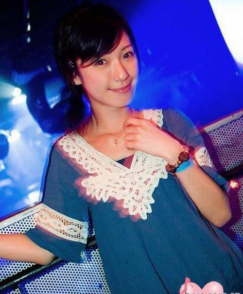 Девушки в клубах Японии (30 фото)