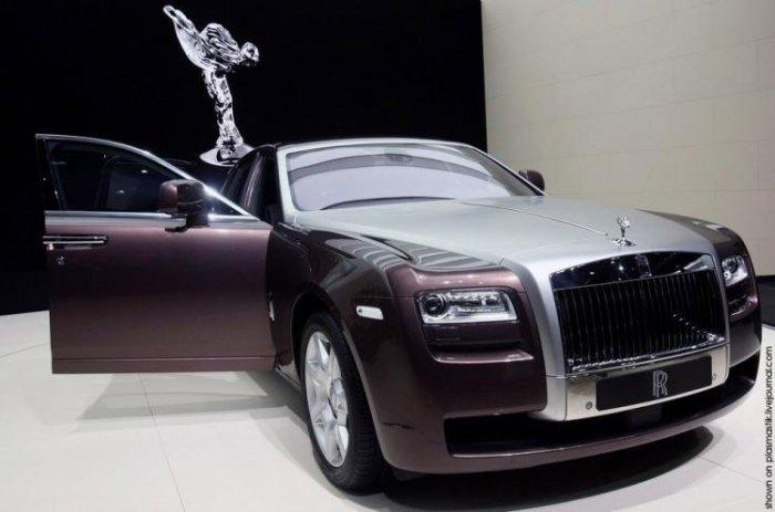 10 лучших в мире роскошных автомобилей 2010 по версии Forbes (10 фото + текст)