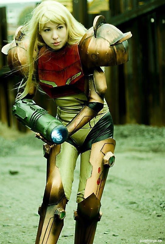 Крутые игровые костюмы (20 фото)