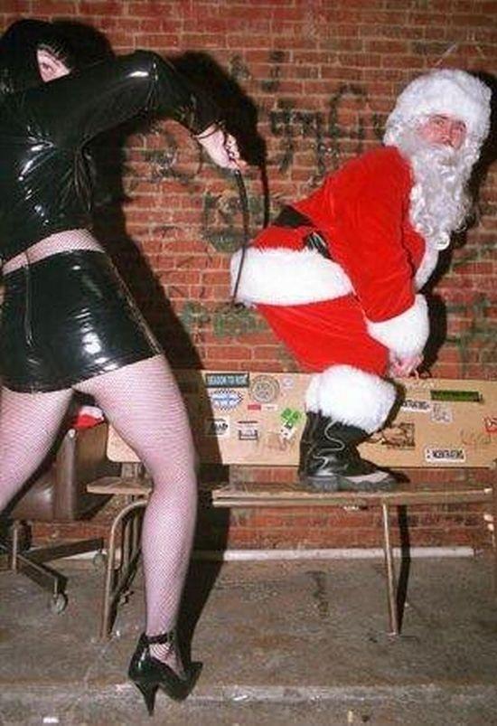 Плохие Деды Морозы (25 фото)