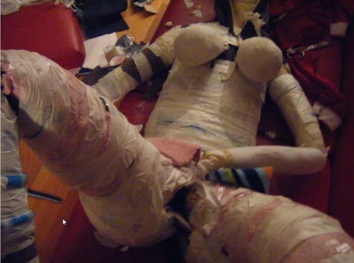 Самодельная секс-кукла (12 фото)