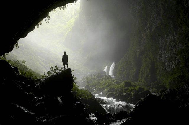 Красивые снимки пещер (15 фото)