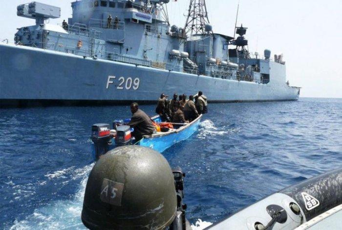 Сомалийские пираты (30 фото)