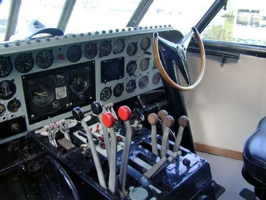 Что можно сделать из самолета (10 фото)