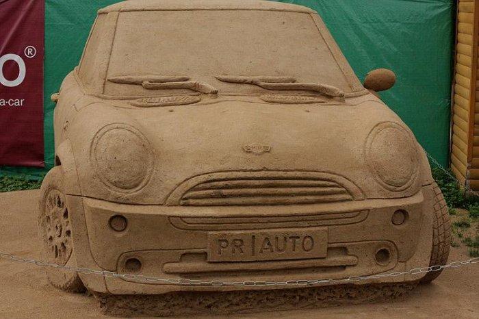 Скульптуры из песка (15 фото)
