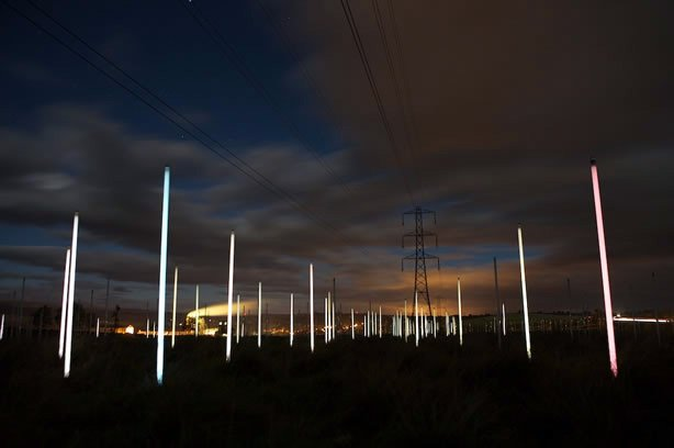 Радиоволны + лампа (4 фото)