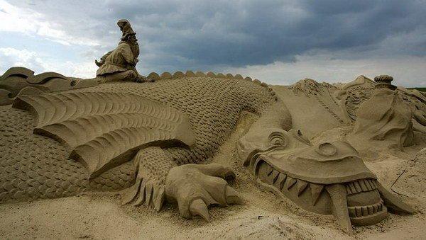 Скульптуры из песка. Часть 2 (19 фото)