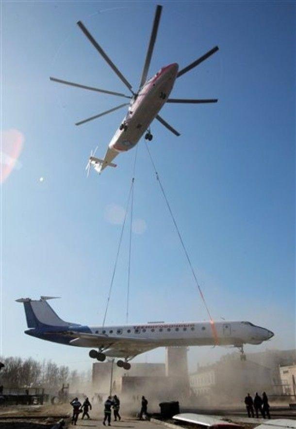Перевозка самолета (6 фото)