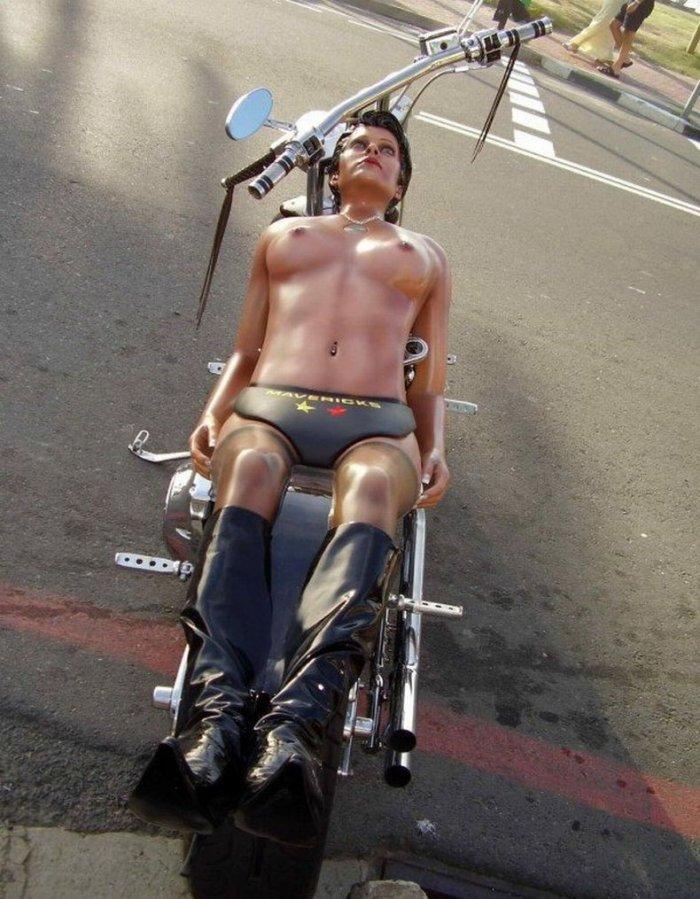 Необычный мотоцикл (3 фото)