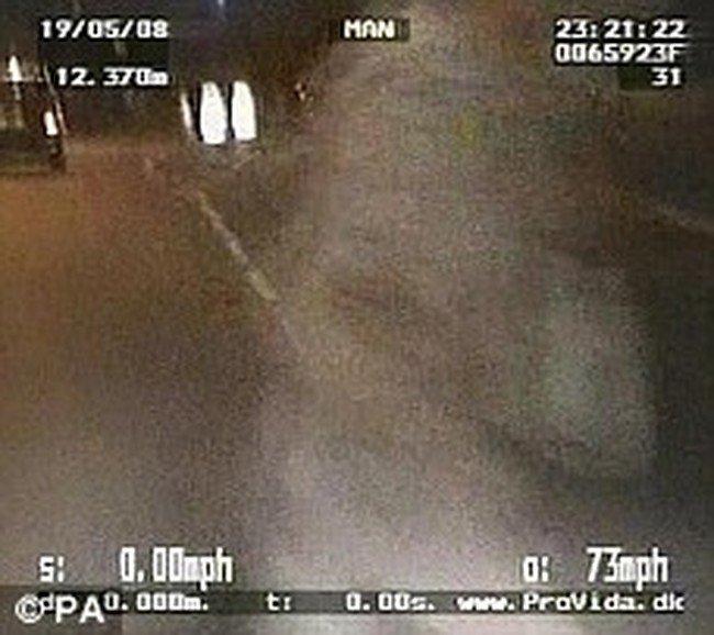Полицейский сбил школьницу (8 фото)