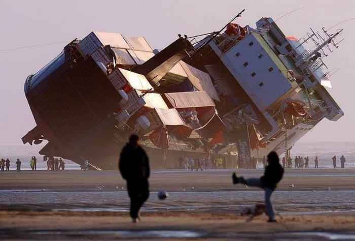 Аварии на море (19 фото)