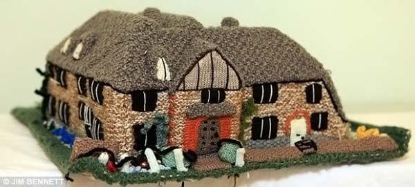 Вязаные домики (23 фото)