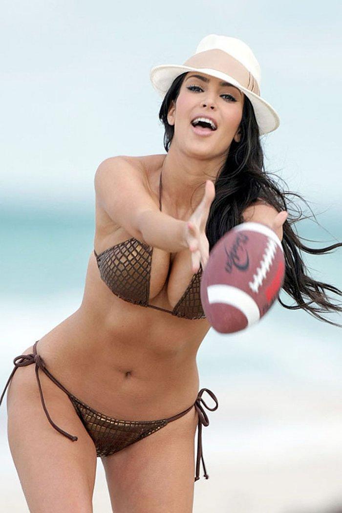 Kim Kardashian (18 фото)