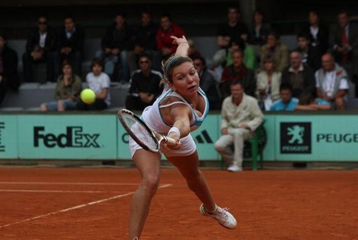 Теннисистка с большой грудью (20 фото)
