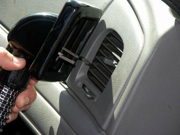 Как охладиться в машине (5 фото)