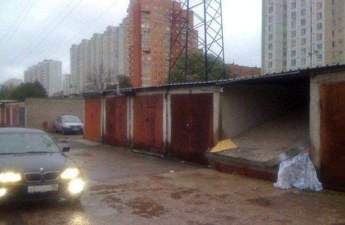 Пропал гараж (4 фото)