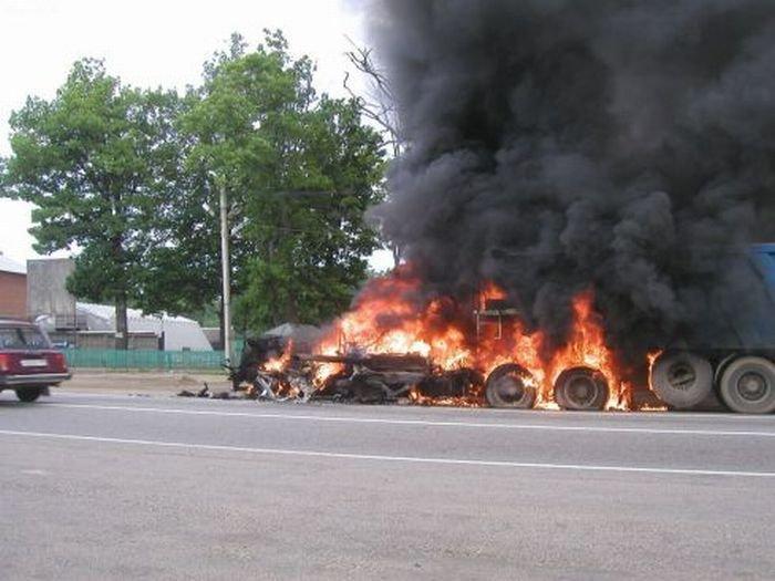 Пожар на Ярославском шоссе (14 фото)