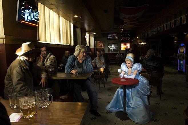 Сказочные героини в обычной жизни (7 фото)