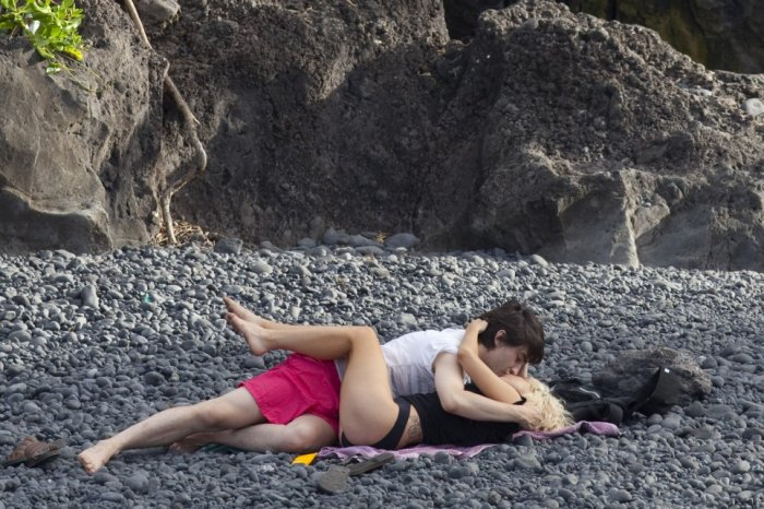 Леди ГаГа на Гавайях без грима (3 фото)