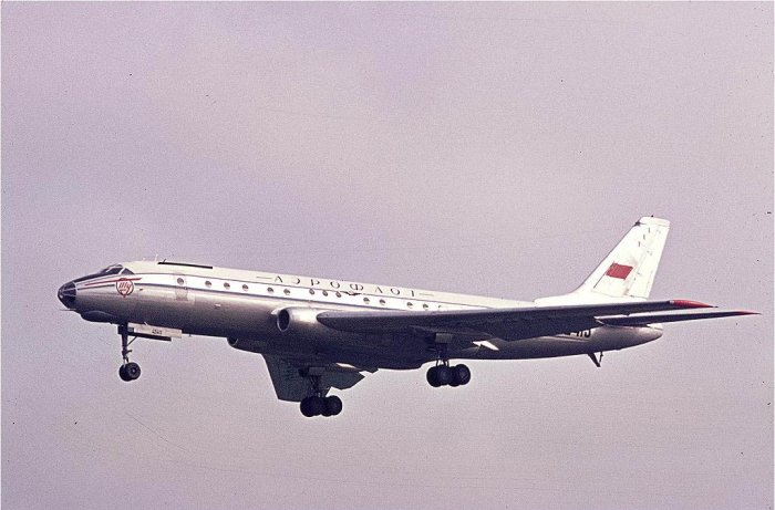 Первый Советский реактивный пассажирский самолёт (20 фото + текст)