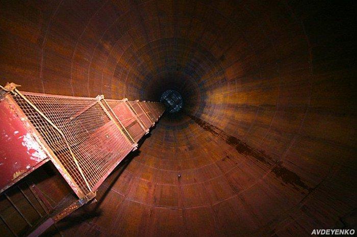 Заброшенный адронный коллайдер (14 фото)