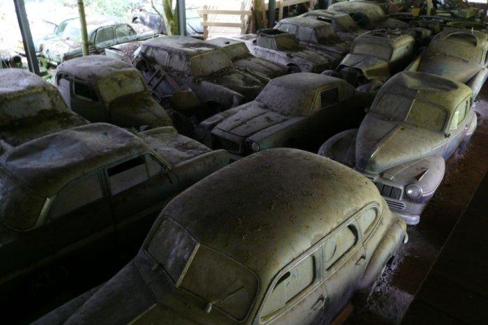 Кладбище автомобилей в Швейцарии (15 фото)