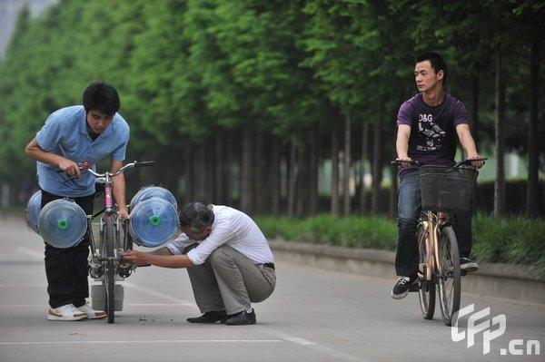 Водный велосипед (7 фото)